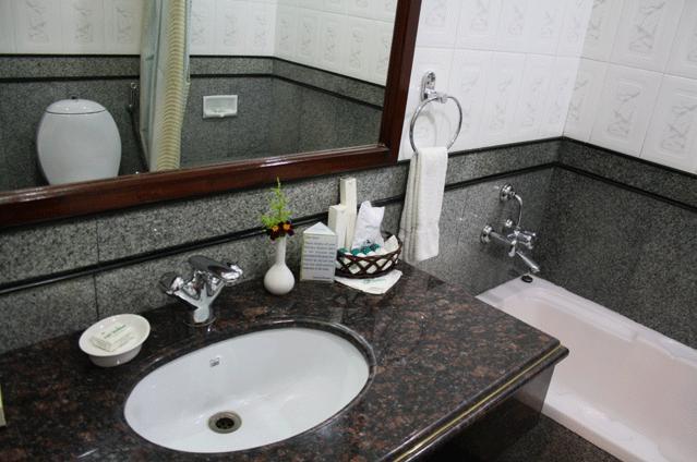 Bathroom in Hotel Fort Munnar
