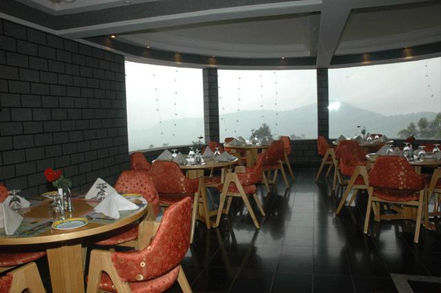 Dining in Hotel Fort Munnar