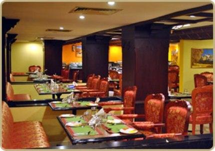 Dining in Fortune Hotel Kozhikode