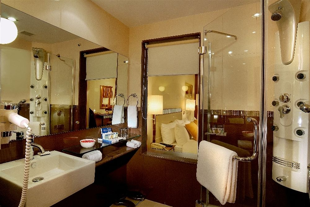 Bathroom in Fortune Select JP Cosmos, Bangalore