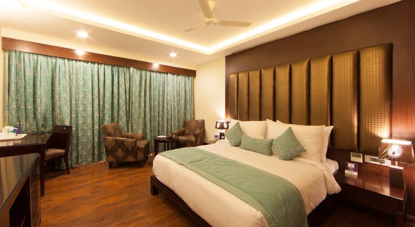 Presidential Suite in Fortune Select Grand Ridge Tirupati