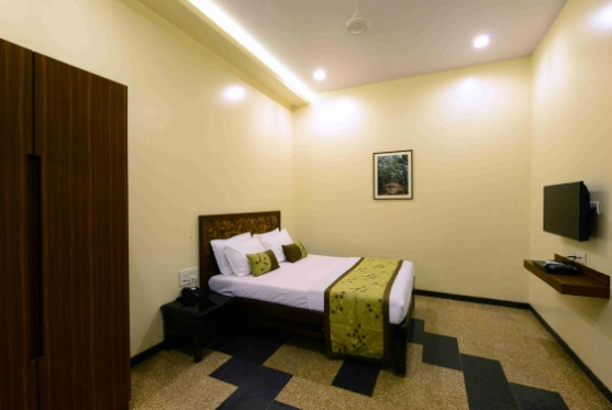 Deluxe Rooms in Fountain Hotel, Mahabaleshwar