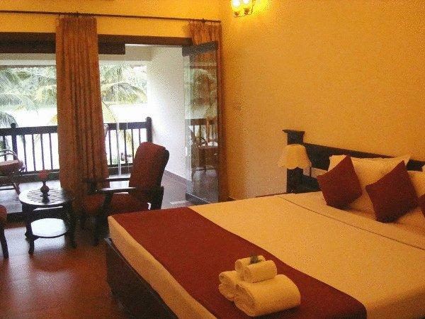 Premium Lakeview Rooms in Fragrant Nature Hotels & Resorts