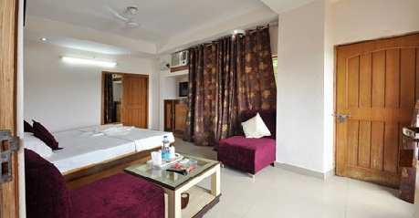 Deluxe Rooms in Hotel Ganesha Inn, Rishikesh