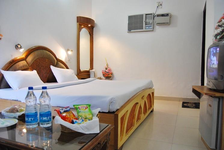 Executive Rooms in Hotel Ganga Beach Resort, Rishikesh