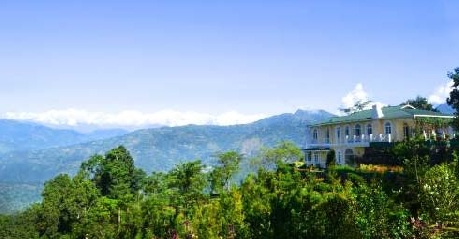 Hotel Resort in Glenburn Tea Estate