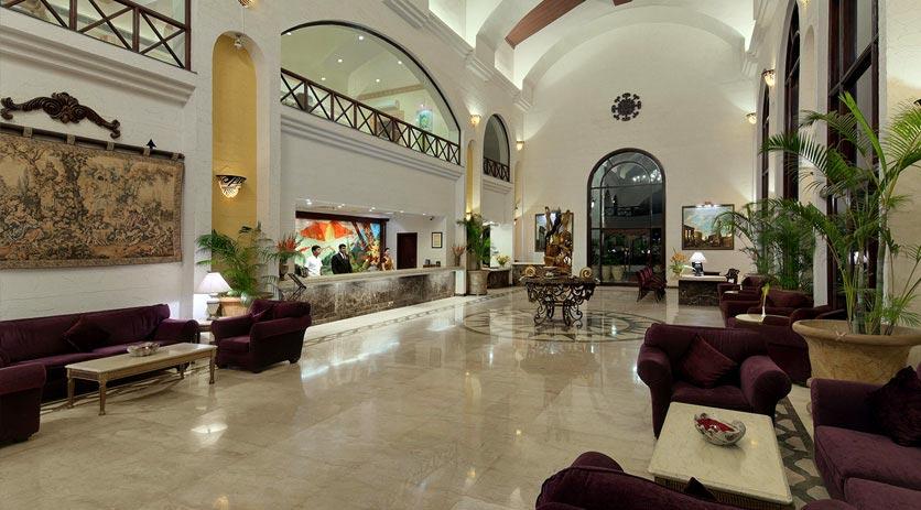 Reception-Golden-Palms-Resort-&-Spa