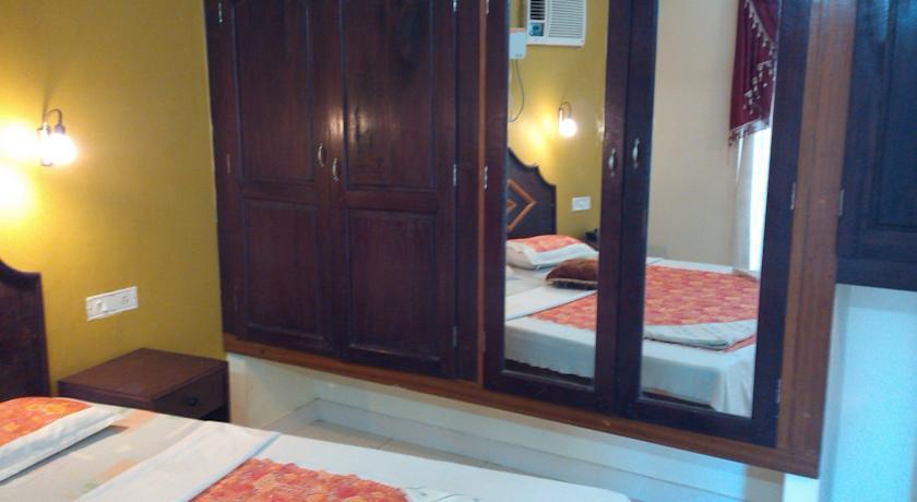 Bedroom in Hotel Golden Sands Kovalam
