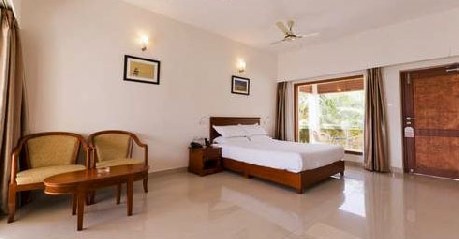 Bedroom in Golden Sun Hotel Beach Resort