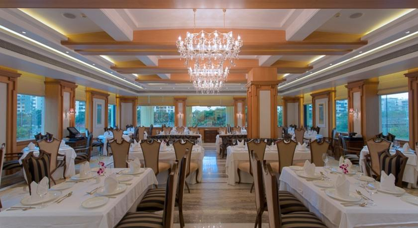 Dining in Hotel Royal Tulip Navi Mumbai