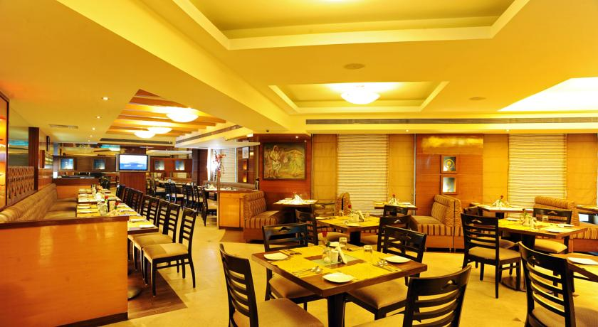 Dining in Hotel Goldfinch Mangalore