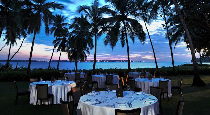 Dining in Hotel Grand Hyatt Goa