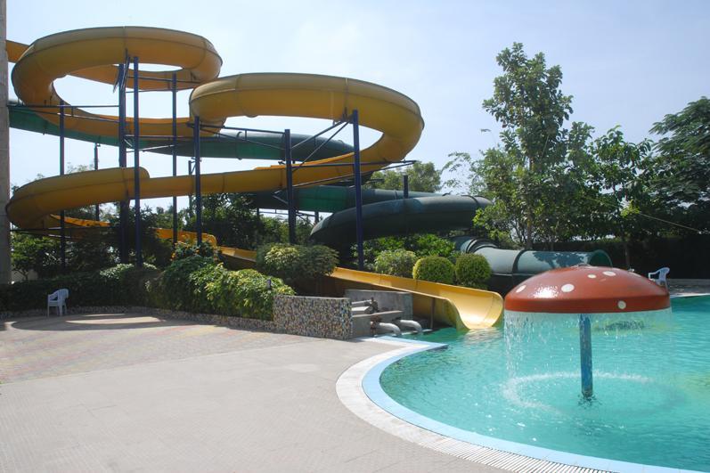 Swimming in Grand World Hotel