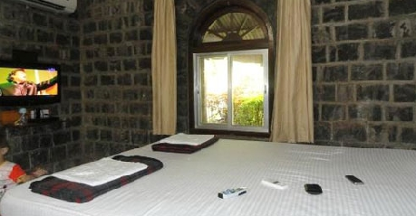 Deluxe AC Rooms in Green Gate Resort