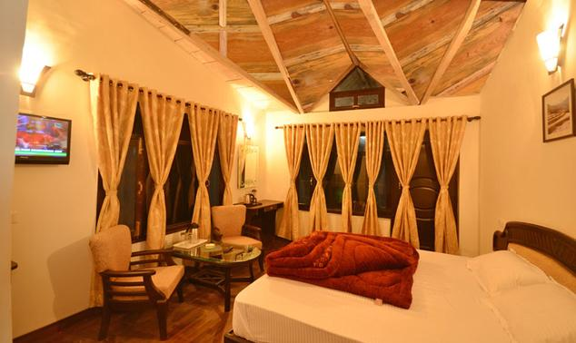 Superior Rooms in Hotel Green Oak Resort, Mukteshwar