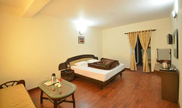 Family Deluxe Rooms in Hotel Green Oak Resort, Mukteshwar