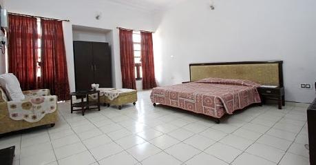 Suite in Hotel Gulmohar Sariska Resort