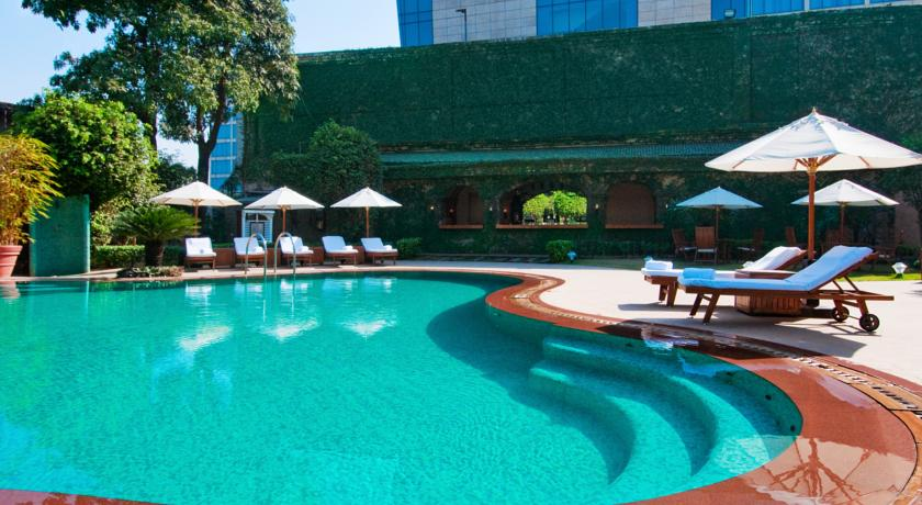 Pool in Hilton Mumbai International Airport