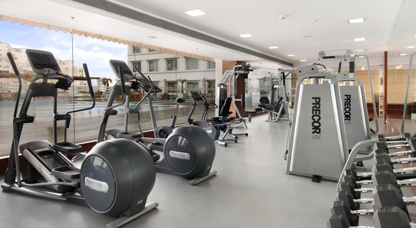 Gym in Hotel Piccadily Janakpuri