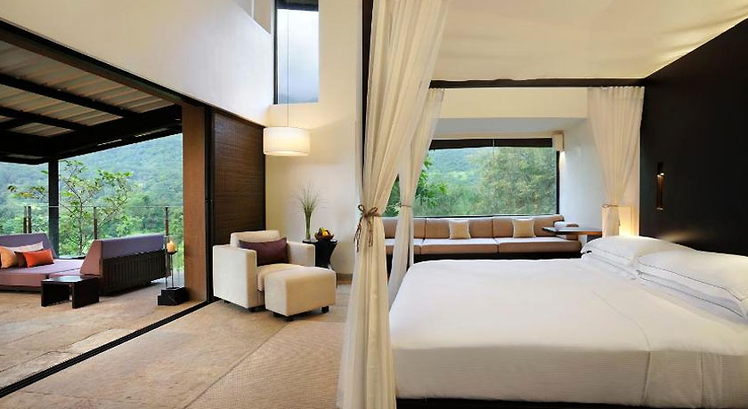 KING DELUXE VALLEY VIEW VILLA in Hilton Shillim Estate Retreat & Spa Pune