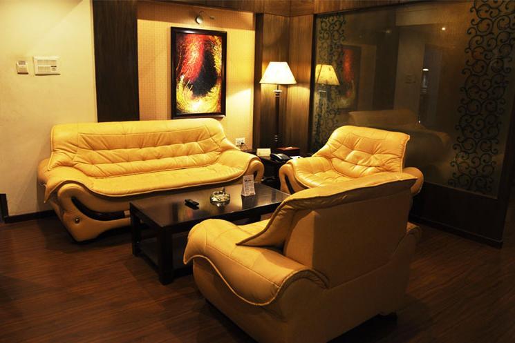 Guest Room in Hotel Aananda Imperial
