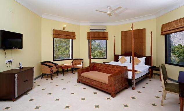 Guest Room2 in Hotel Alwar Bagh