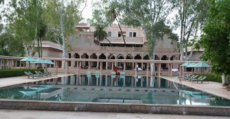 Pool in Amanbagh Resort2