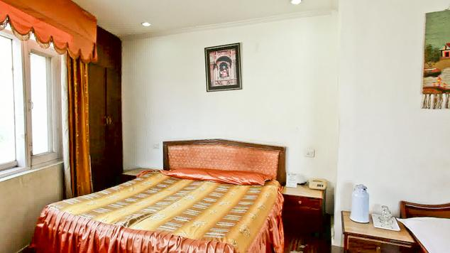 Deluxe Suite in Hotel Ambica