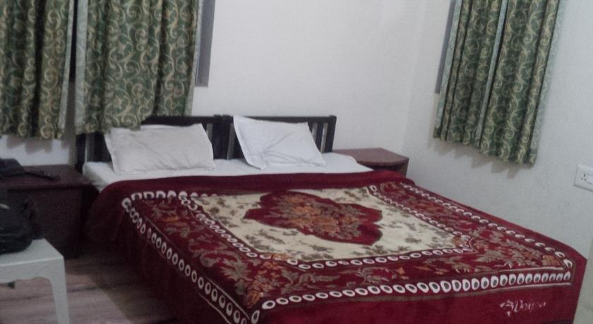 Deluxe Rooms in Hotel Amer Resort Ranthambore