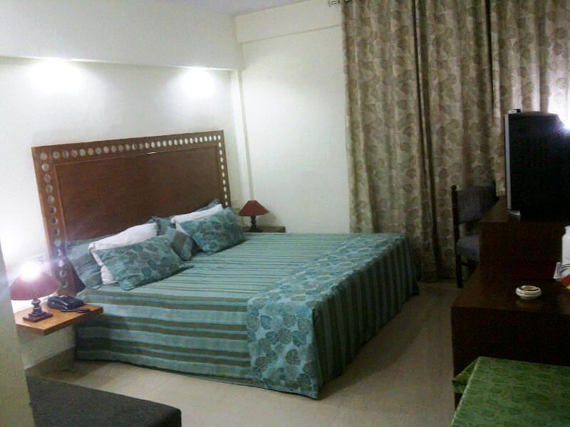 Deluxe Room in Hotel Aravali, Alwar