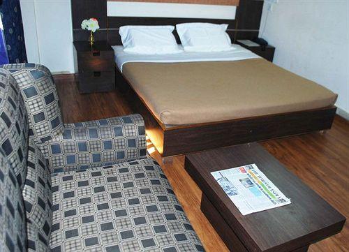 Premium in Hotel Arya Palace