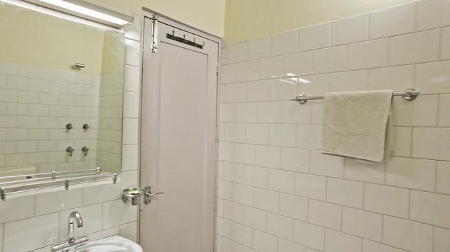 Bathroom in Hotel Ashok, Katra
