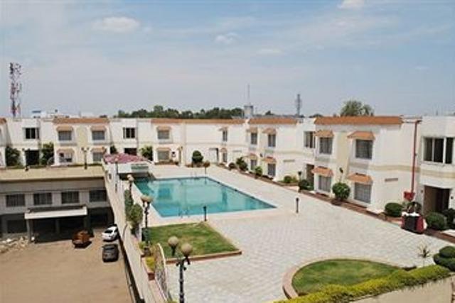 Resort in Hotel Atithi, Aurangabad