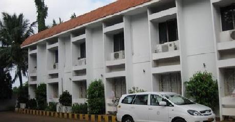 Hotel Badami Court3