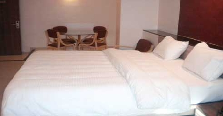 Suite in Hotel Budget Inn Palm Regency Vapi
