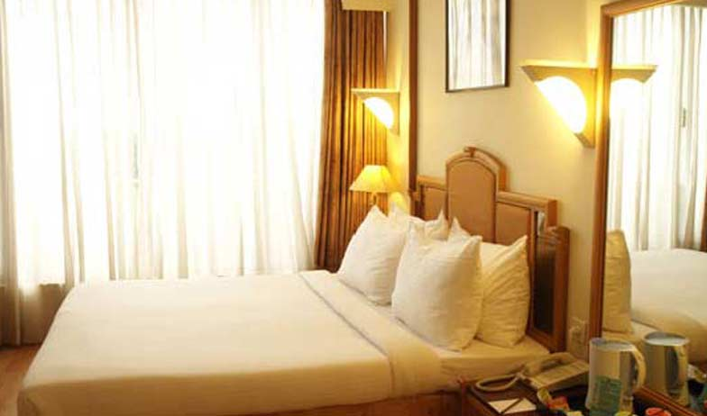 Deluxe Rooms in Hotel CAG Pride