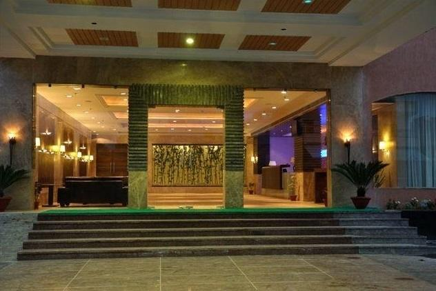 Reception2 in Hotel Cambay Sapphire Neemrana