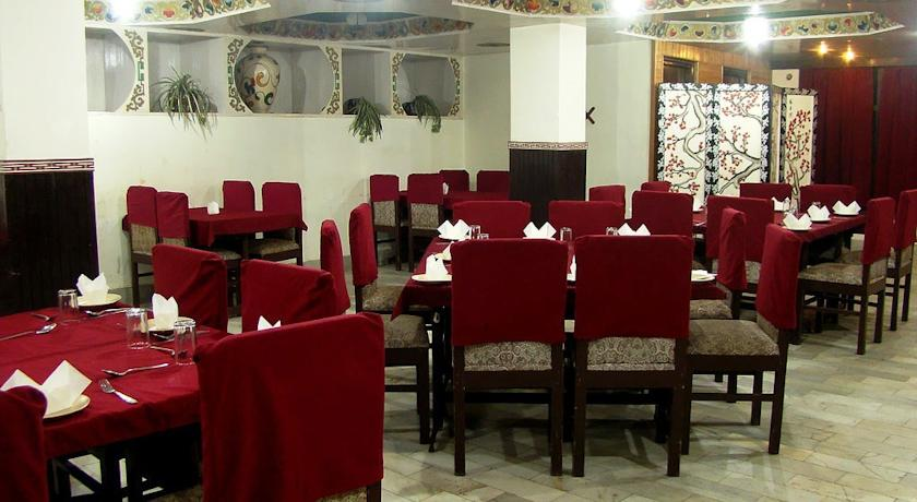 Dining in Hotel Central, Gangtok