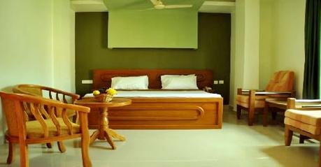 Deluxe in Hotel Chitra Madikeri