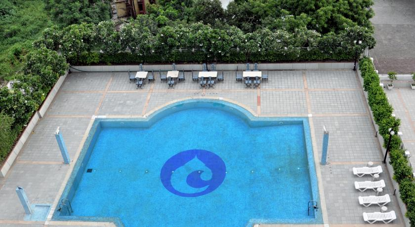 Swimming in Hotel Clarks Avadh, Lucknow