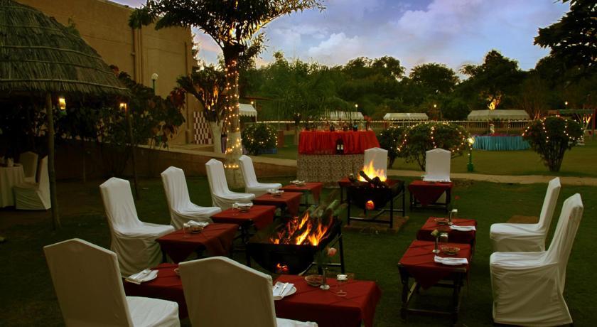 Garden in Hotel Clarks, Khajuraho