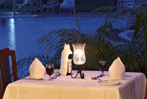 Dining in Hotel Clarks, Khajuraho