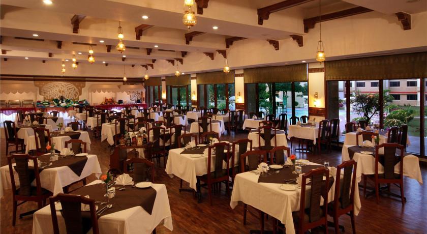 Dining2 in Hotel Clarks, Khajuraho