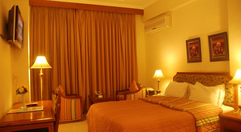 Deluxe Premium Rooms in Hotel Classic Residency