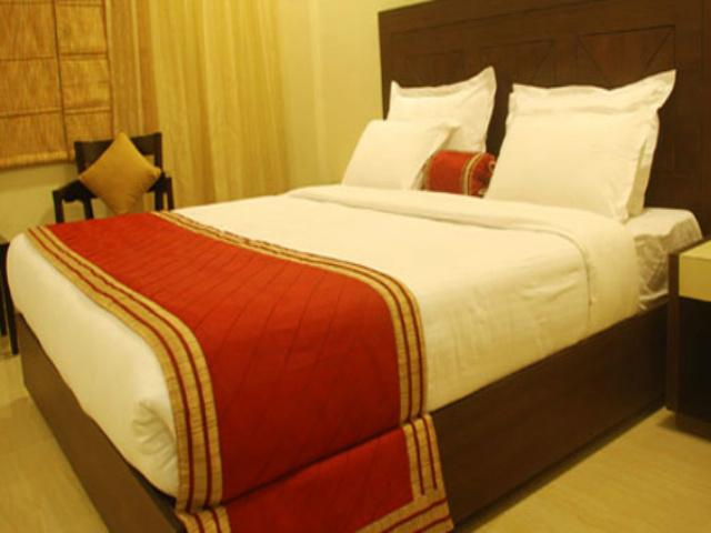 Deluxe Rooms in Hotel Classic Residency