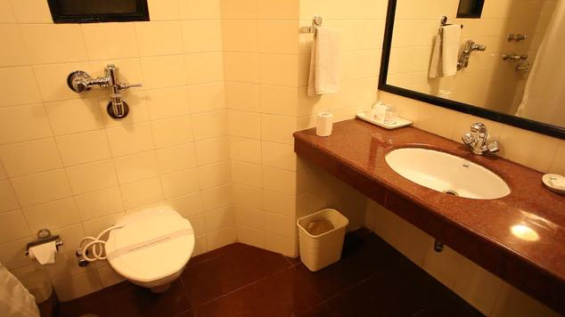 Bathroom in Hotel Country Inn Bhimtal