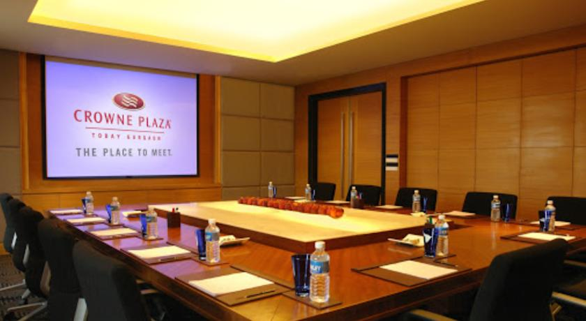 Meeting in Hotel Crowne Plaza, Gurgaon
