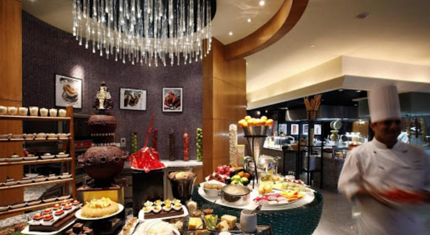 Foods in Hotel Crowne Plaza, Gurgaon