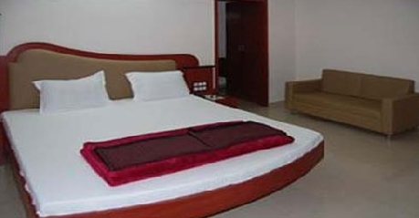 Deluxe Rooms in Hotel Damji, Dwarka