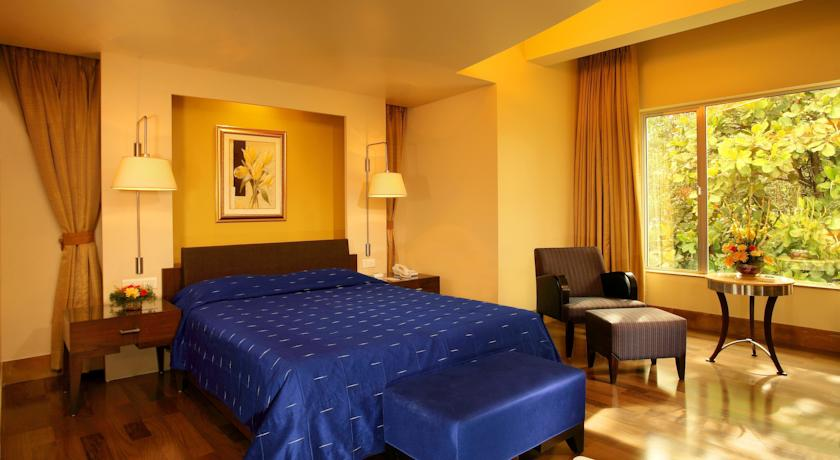 Executive Rooms in Hotel Deccan Rendezvous